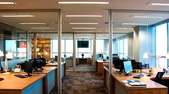 Aplicação do LED Tubular T8 W9 60cm em Escritórios e Empresas