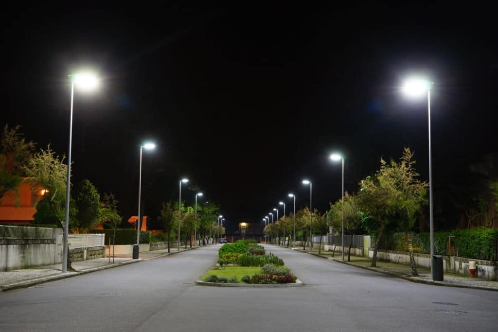 Importância de Trocar as Luminárias Públicas por LED